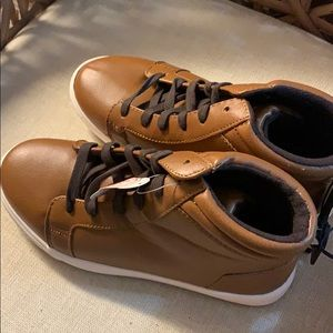 New Wonder Nation Boys Lace Up Boots 6 NWT